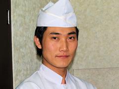キムチランドの韓流シェフ、クォンです。結構イケメンでしょ!