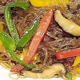 チャングムにも登場したチャプチェは季節の野菜を使ってアレンジしても美味しいですよ!
