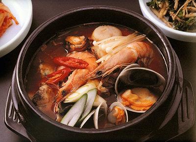 専門店のような美味しい海鮮鍋がご家庭でも作れます